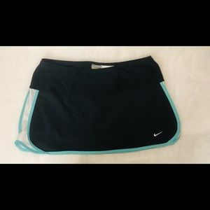 Nike Dry Fit Tennis Short Size S